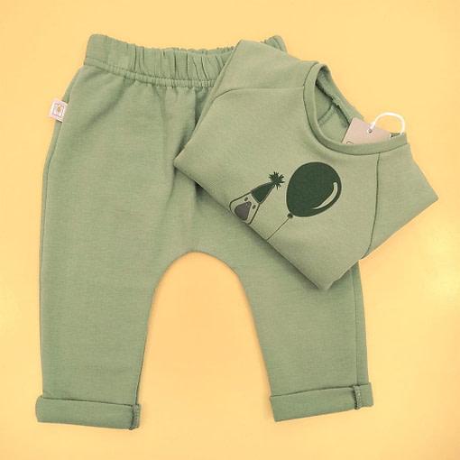 Pantaloni play in felpa verde