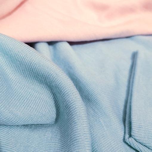 Pigiamini lana e seta dettaglio